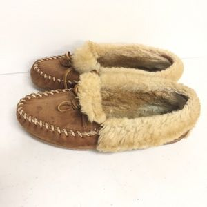 LL Bean Wicked Good Slippers Shearling Size 9
